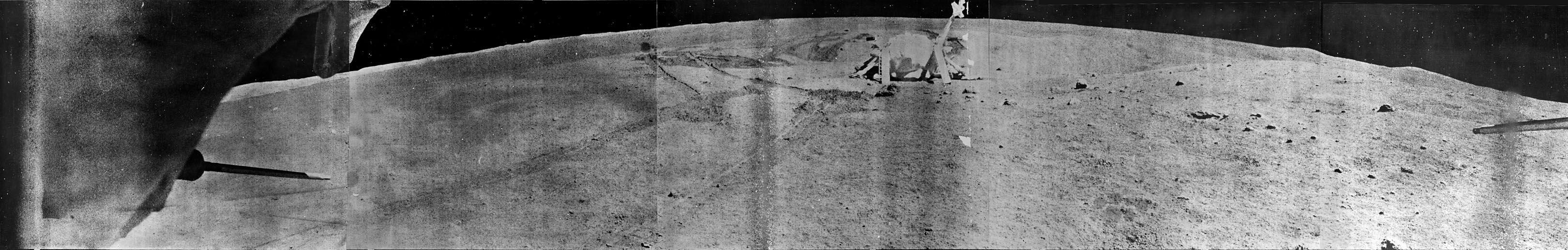 Widok Łuny 21 z pokładu Łunochoda 2. Źródło: http://mentallandscape.com/C_CatalogMoon.htm