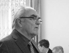 Dr Henryk Chrupała