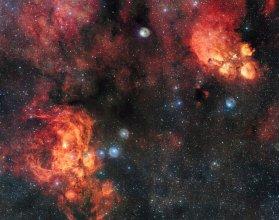 Mgławica Kocia Łapa (NGC 6334) i Mgławica Homar (NGC 6357)