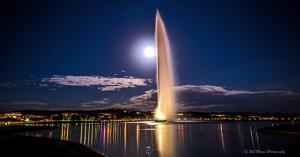 Fontanna nocą w Fountains Hills