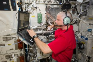Astronauta NASA, Gregory (Reid) Wiseman KF5LKT