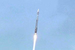 Rakieta Atlas V wynosi w kosmos sondę MAVEN