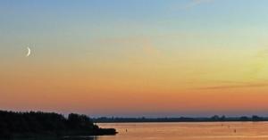 Zmierzch nad parkiem Lauwersmeer