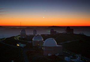 Taniec trzech planet nad Obserwatorium La Silla