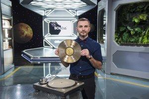 """Tomasz Rożek w studio programu """"Sonda 2"""""""