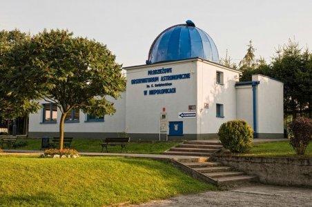 Młodzieżowe Obserwatorium Astronomiczne w Niepołomicach (MOA)