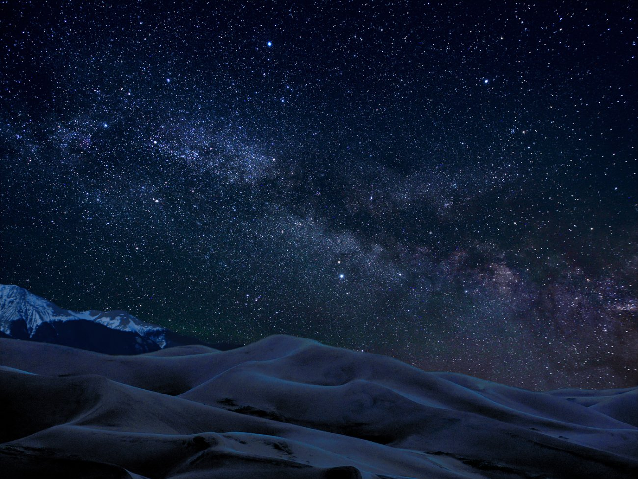 Nocne niebo nad Great Sand Dunes